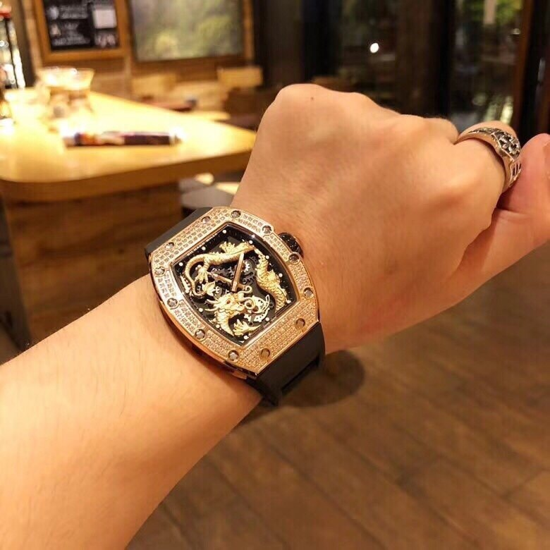 dong-ho-richard-mille-rm057