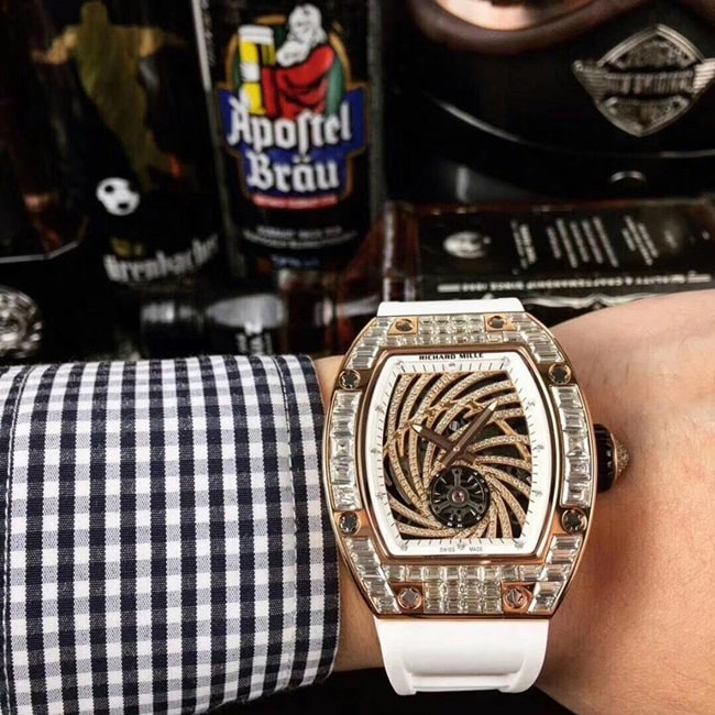 gia-dong-ho-deo-tay-nam-richard-mille