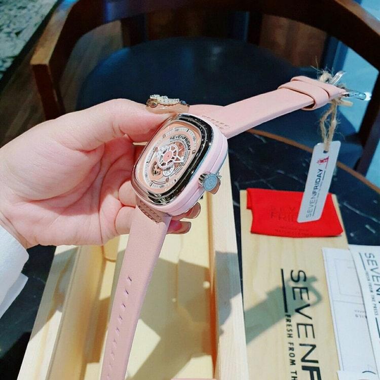 ban-dong-ho-sevenfriday-replica