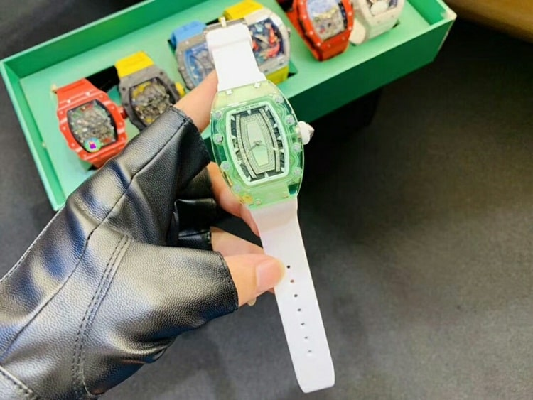dong-ho-sapphire-richard-mille-nu