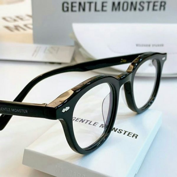 kinh-gentle-monster-can